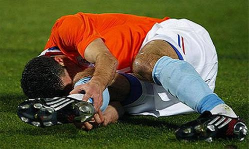 soccer injuries, common injuries in soccer, common injuries soccer, soccer leg injuries, youth